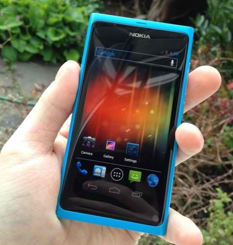 Nokia N9/N950 running on Android Ice Cream Sandwich!